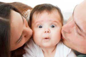 چرا کودک را ببوسیم؟